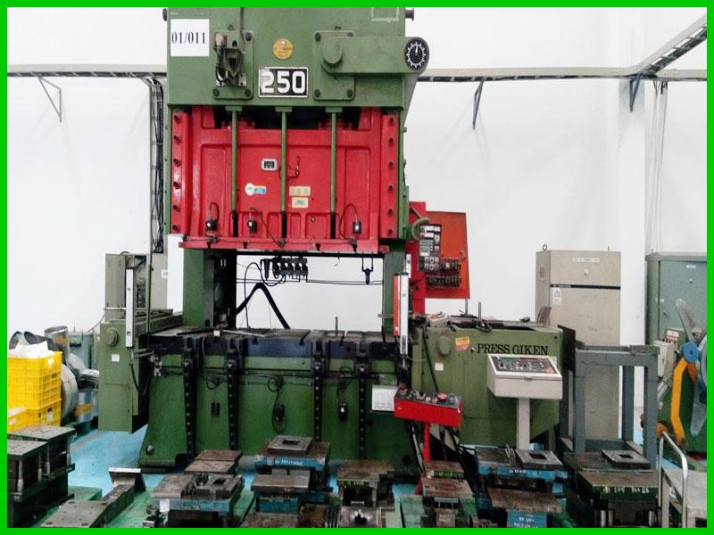 Sửa máy dập CNC